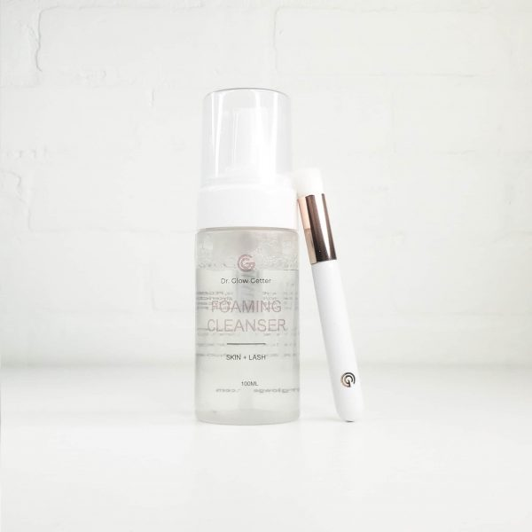 lash brush with cleanser
